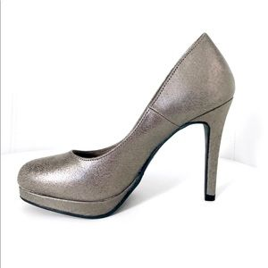Shoes - PEWTER High Heels with Platform | NWT